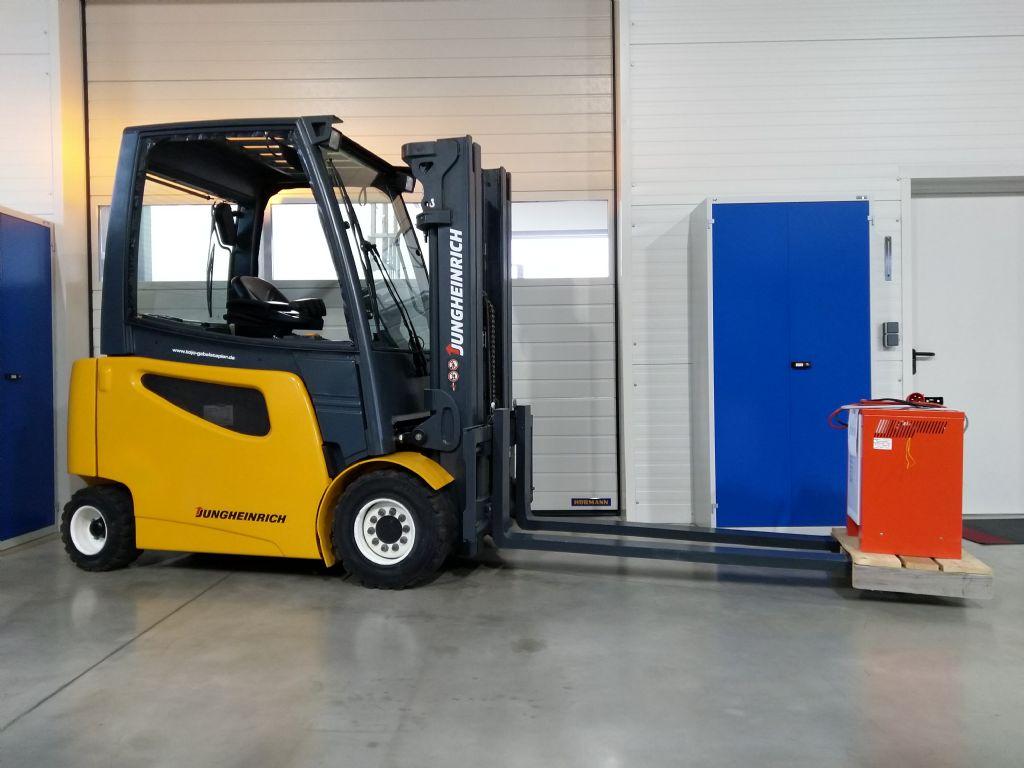 Jungheinrich-EFG 430k  GE100-440DZ-Elektro 4 Rad-Stapler-www.tojo-gabelstapler.de