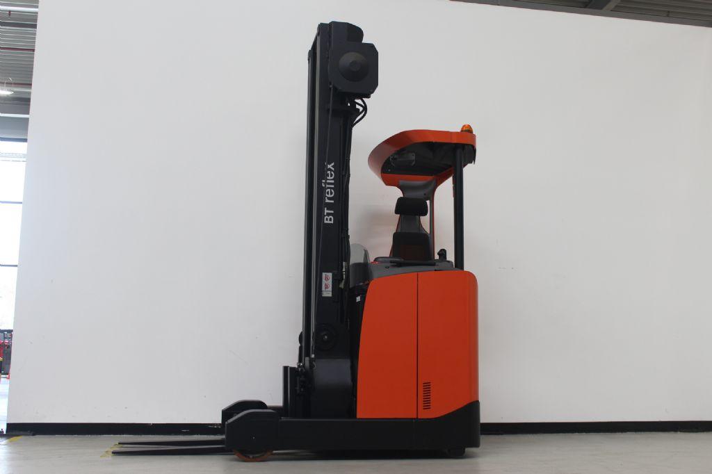 BT-RRE160E-Schubmaststapler www.ffb-gabelstapler.de