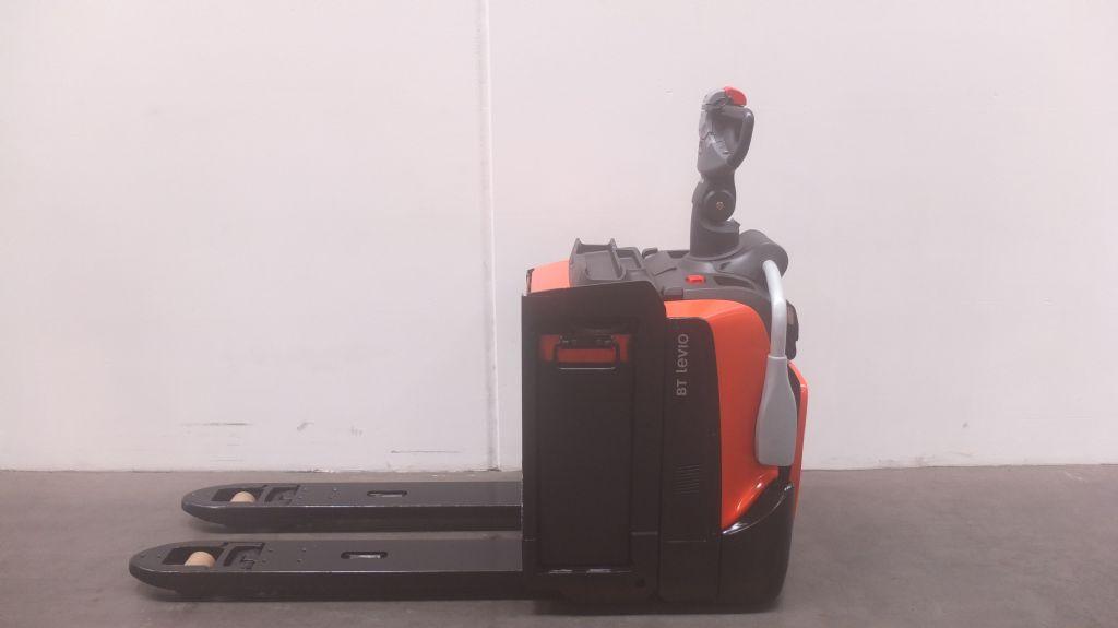 BT LPE220 Niederhubwagen loeffler-gabelstapler.de