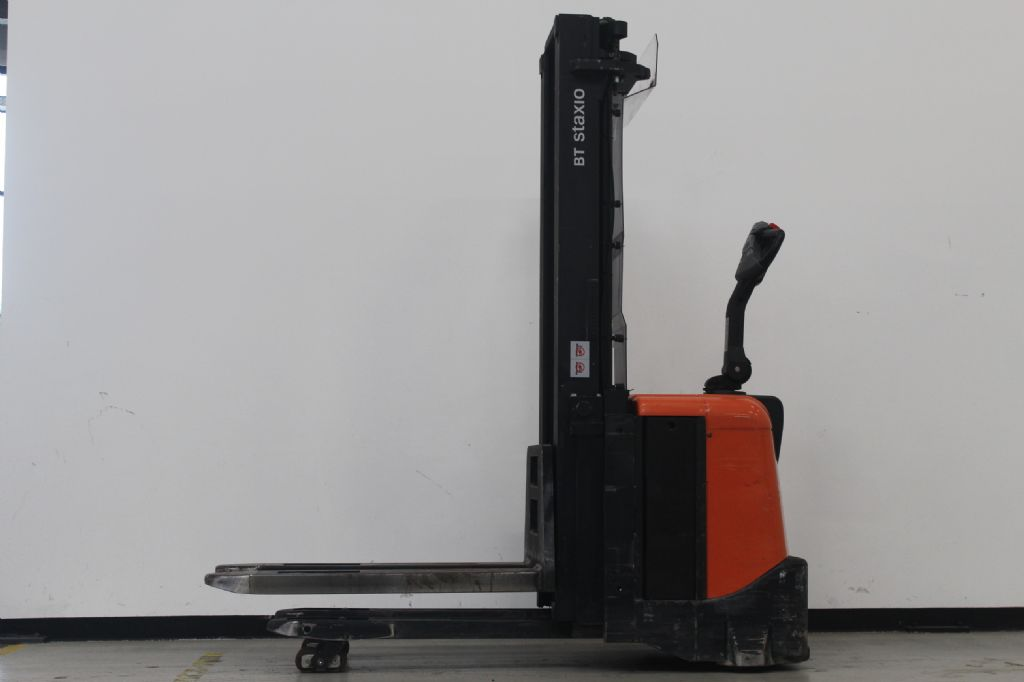 BT SPE160L Hochhubwagen loeffler-gabelstapler.de