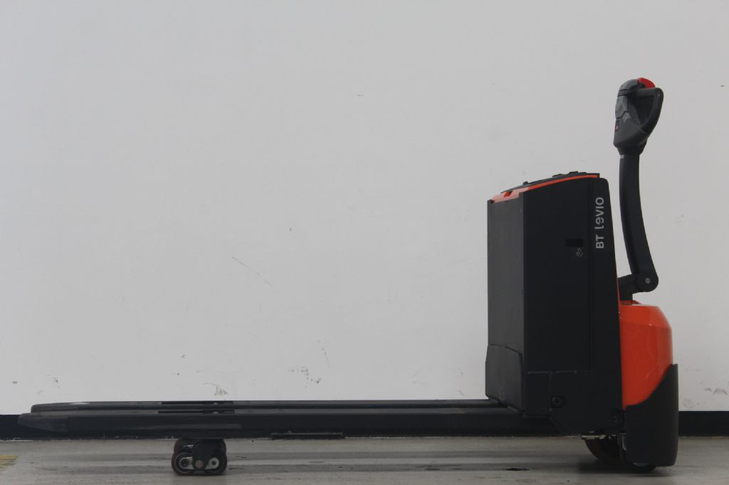 BT LWE250 Niederhubwagen schlueter-gabelstapler.de