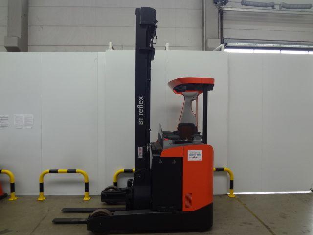 BT-RRE180-Schubmaststapler-www.eundw.com