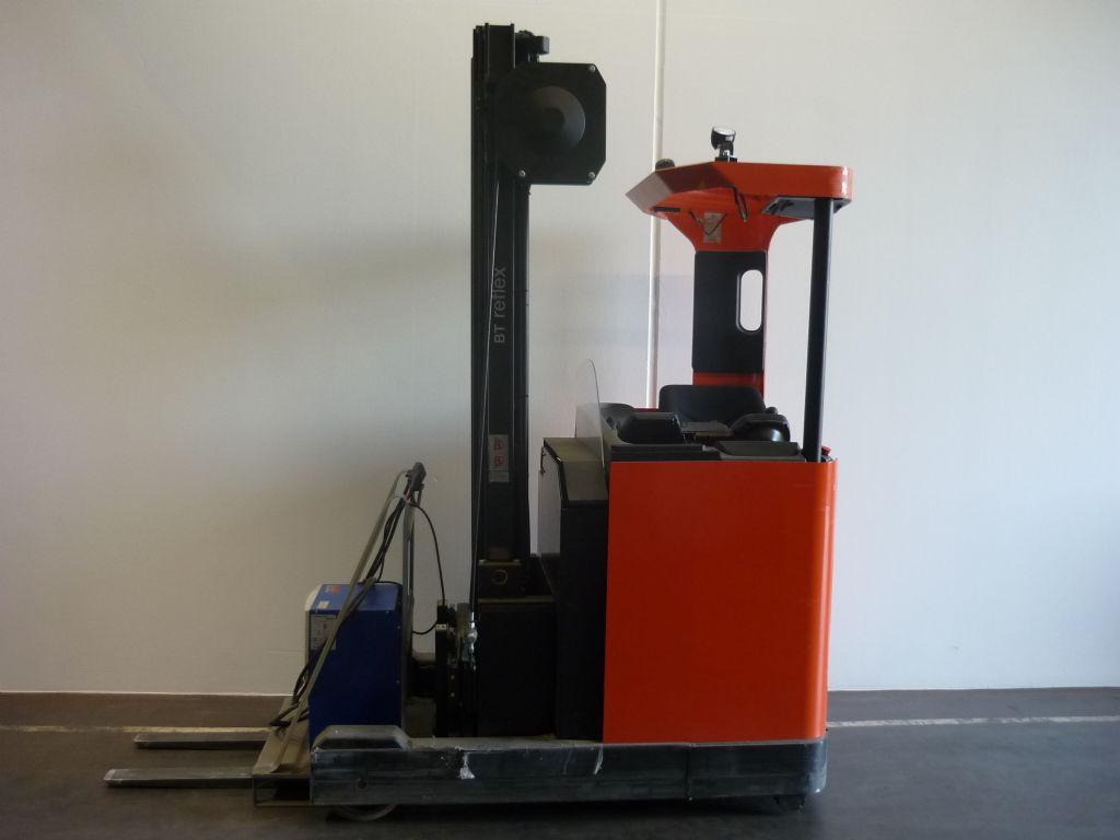 BT RRE120M Schubmaststapler www.heinbockel-gabelstapler.de