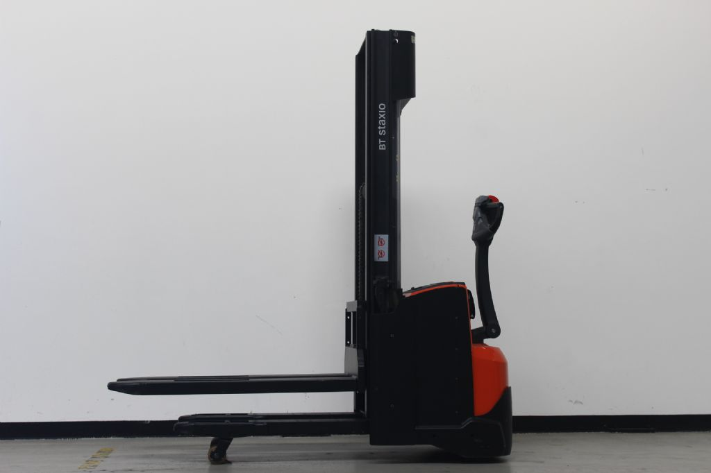 BT SWE120L Hochhubwagen loeffler-gabelstapler.de
