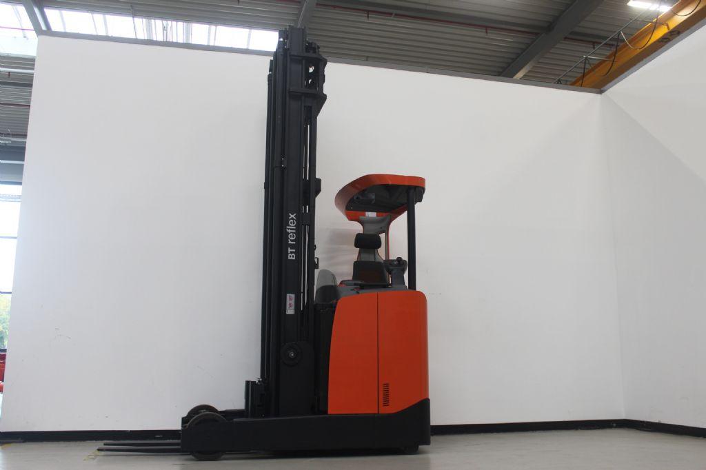 BT-RRE250E-Schubmaststapler-www.eundw.com