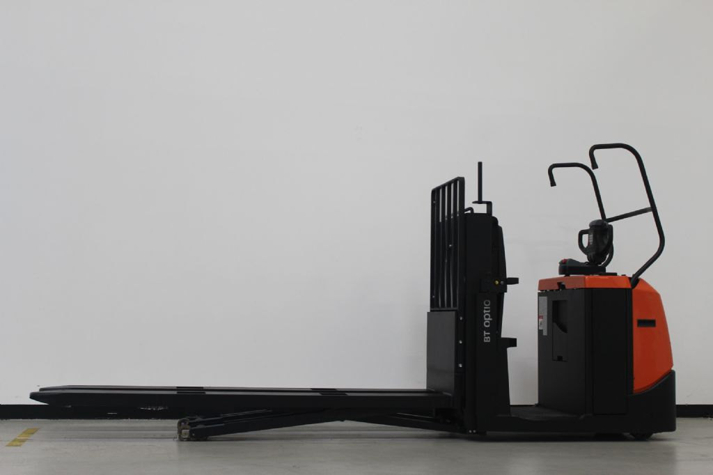 BT OSE200X Niederhubkommissionierer loeffler-gabelstapler.de
