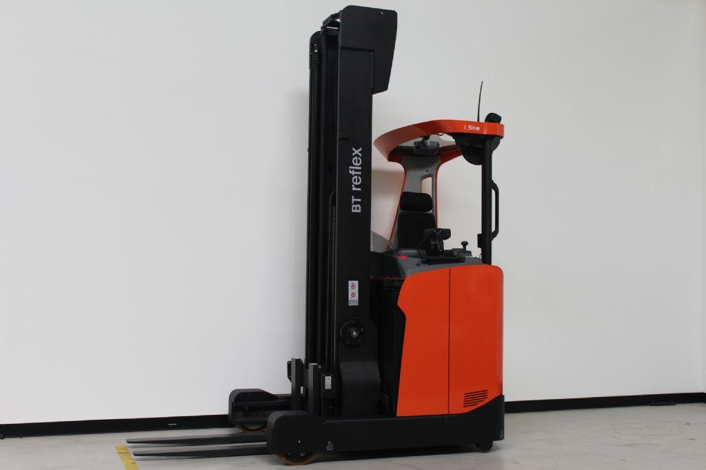 BT-RRE140HE-Schubmaststapler www.ffb-gabelstapler.de