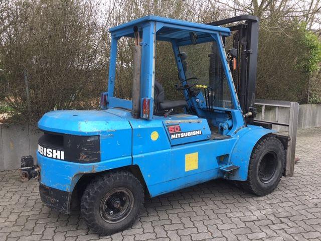 Mitsubishi-FD50-Dieselstapler-www.unruh-gabelstapler.de