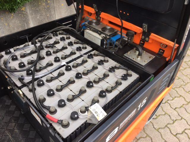 Doosan-B18X-5-Elektro 4 Rad-Stapler-www.unruh-gabelstapler.de