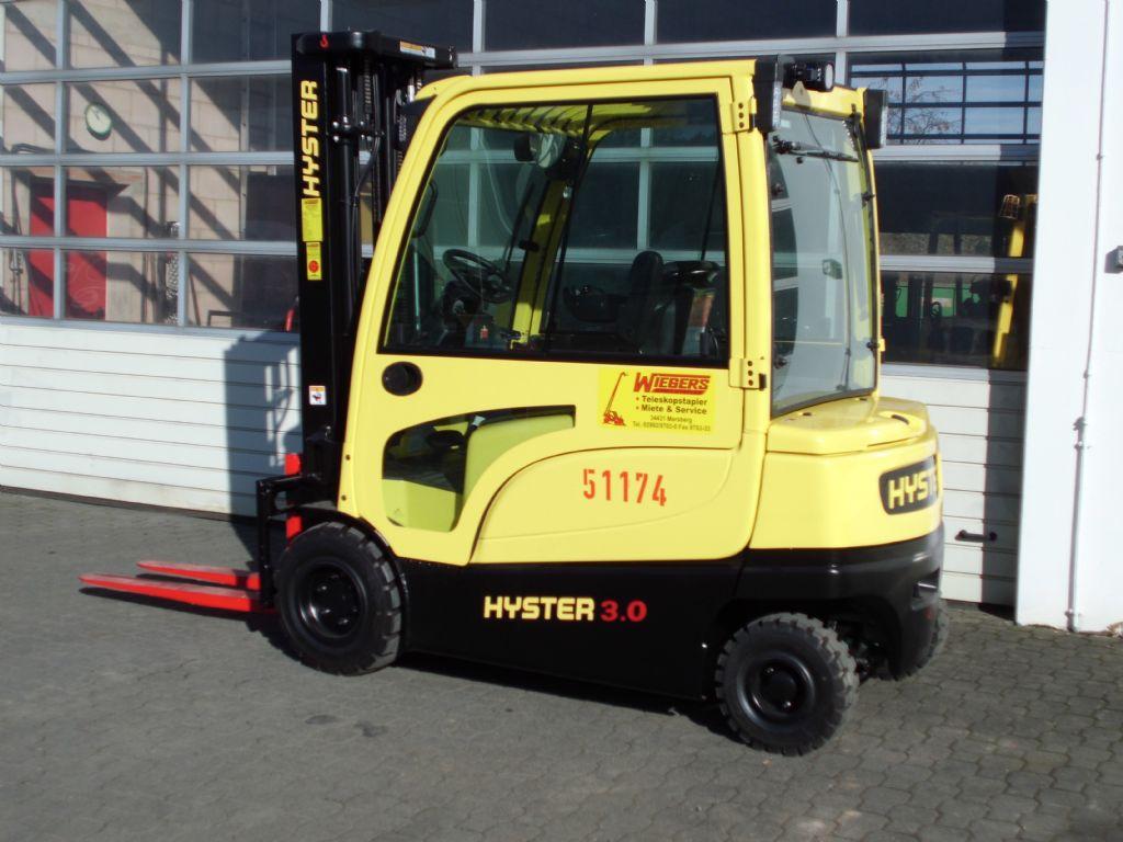Hyster-J3.00XN-Elektro 4 Rad-Stapler-www.wiegers-gabelstapler.de
