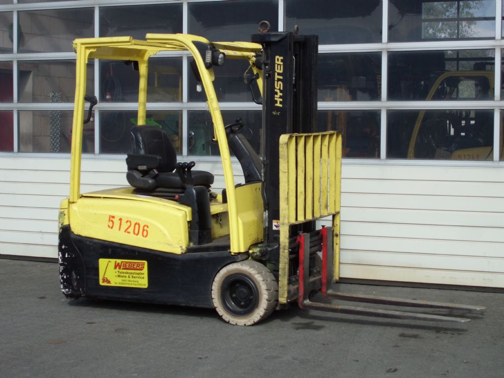 Hyster-J2.00XNT-Elektro 3 Rad-Stapler-www.wiegers-gabelstapler.de