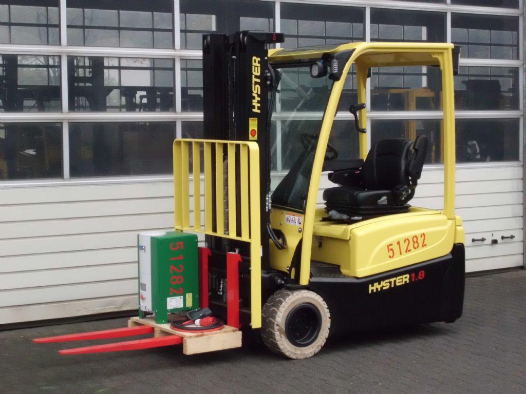 Hyster-J1.80XNT-Elektro 3 Rad-Stapler-www.wiegers-gabelstapler.de