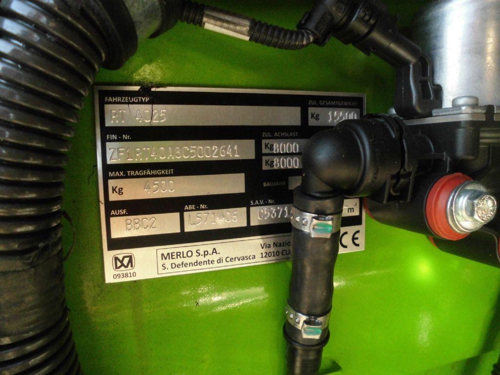 Merlo-Roto 45.21 MCSS-Teleskopstapler drehbar-www.wiegers-gabelstapler.de