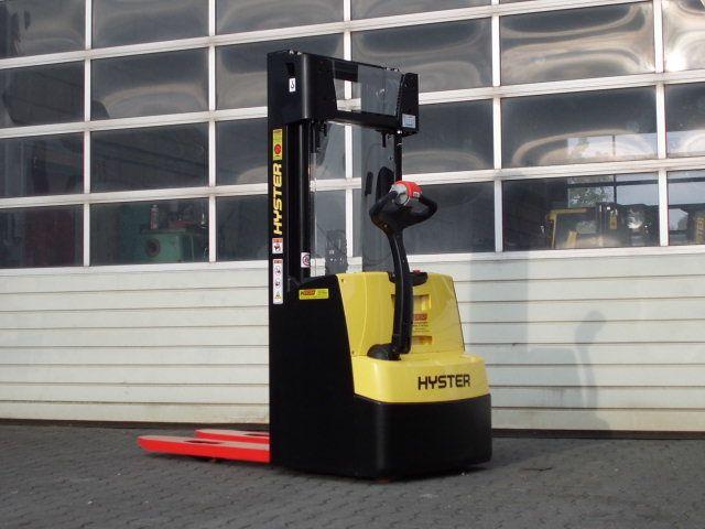 Hyster-S1.2AC-Deichselstapler-www.wiegers-gabelstapler.de