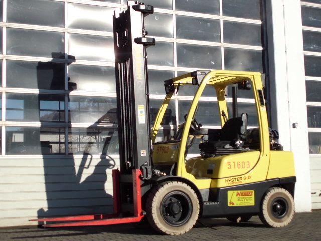 Hyster-H3.0FT-Treibgasstapler-www.wiegers-gabelstapler.de