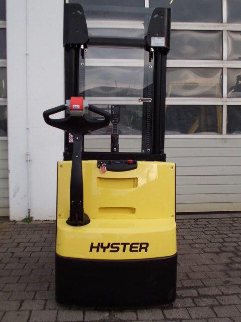 Hyster-S1.4 il AC-Deichselstapler-www.wiegers-gabelstapler.de