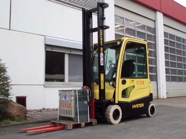 Hyster-J1.6XN LWB-Elektro 4 Rad-Stapler-www.wiegers-gabelstapler.de