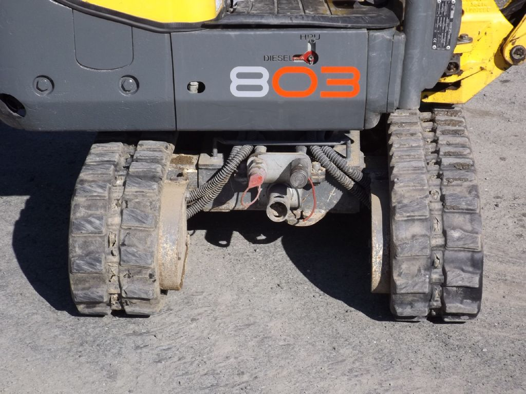 Wacker-803 Dualpower-Minibagger-www.wilmes-mietservice.de