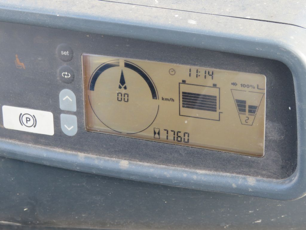 Jungheinrich-EFG 216 k-Elektro 3 Rad-Stapler-www.wilmes-mietservice.de