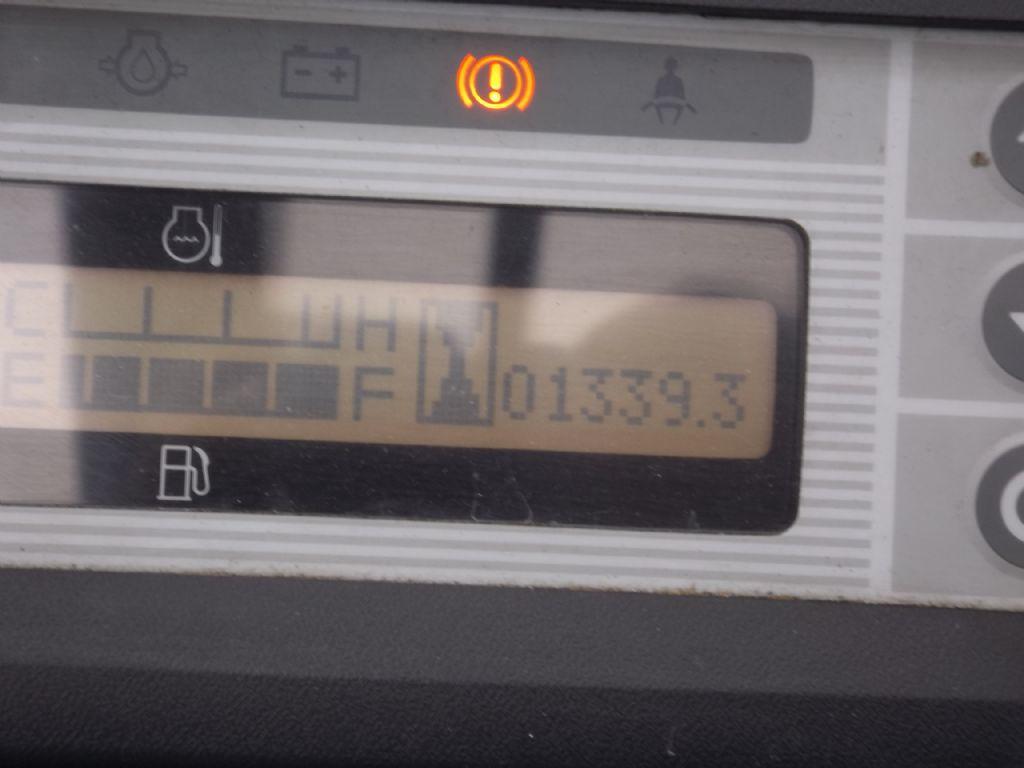 UniCarriers-Y1D2A25Q-Dieselstapler-www.wilmes-mietservice.de