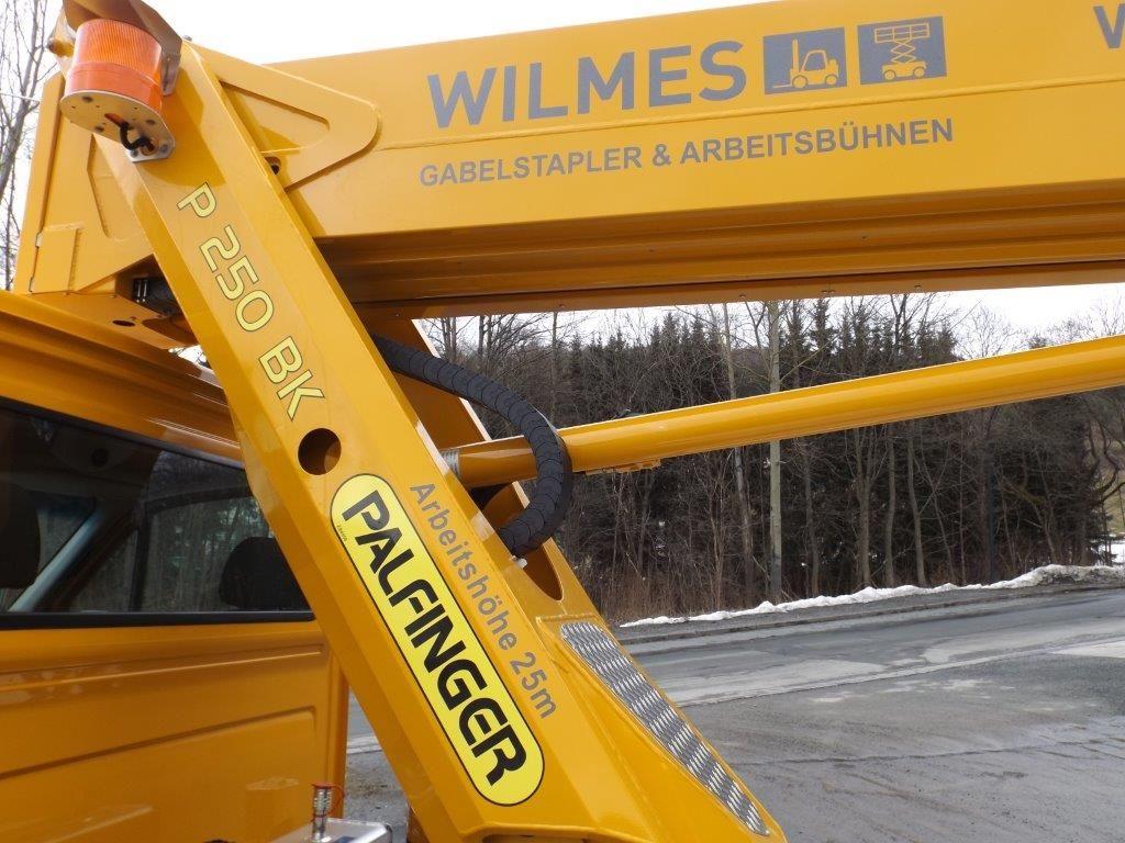 Palfinger-P 250 BK-LKW Arbeitsbühne-www.wilmes-mietservice.de