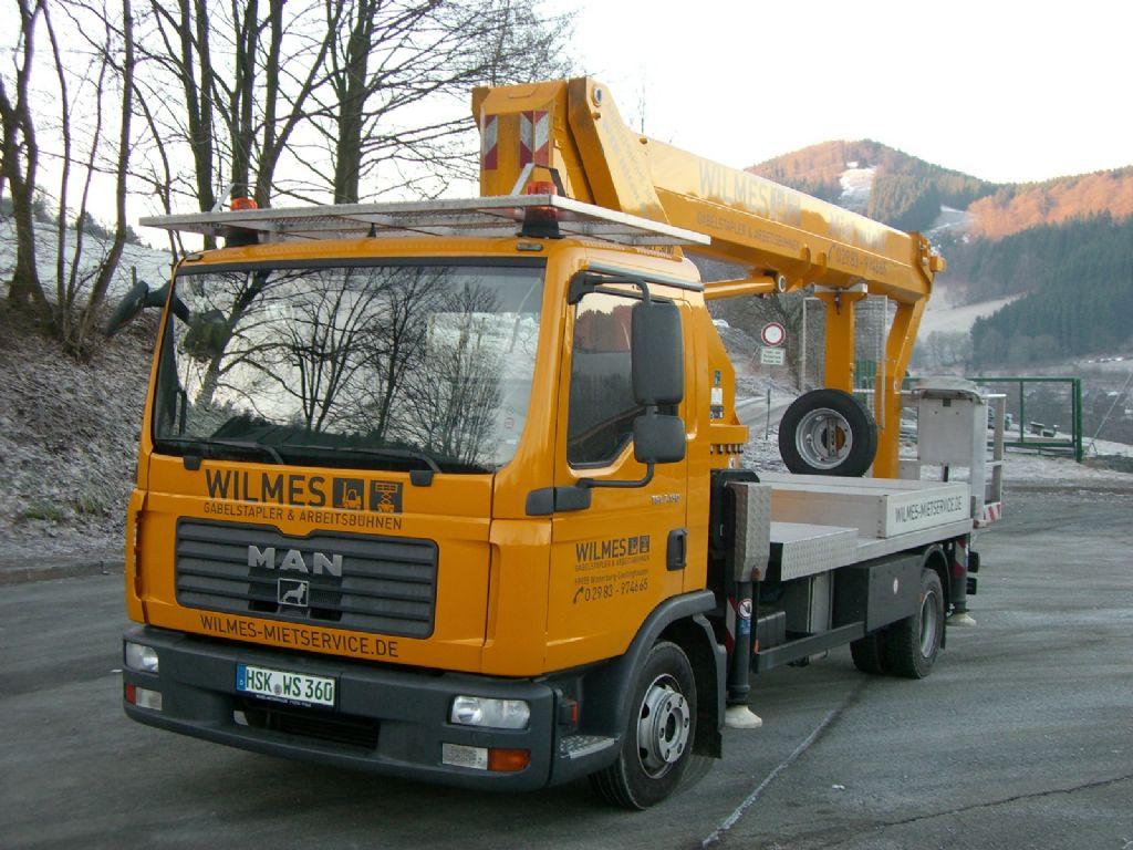 Wumag-WT300-LKW Arbeitsbühne-www.wilmes-mietservice.de