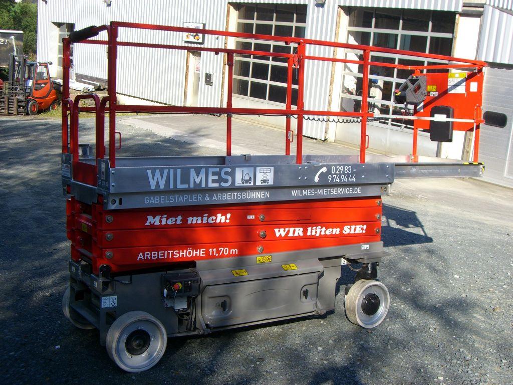 JLG-3246ES-Scherenarbeitsbühne-www.wilmes-mietservice.de