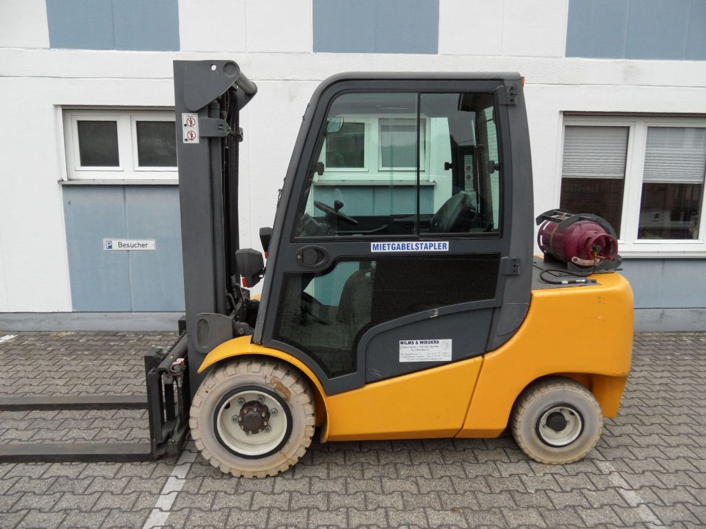 Jungheinrich-TFG 435 - Kabine - Triplex-Treibgasstapler-www.wilms-wiegers.de