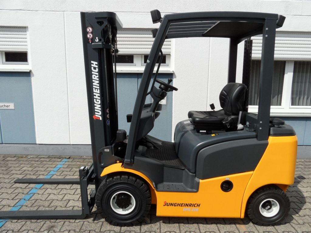 Jungheinrich-DFG 316 - Triplex - wenig Stunden-Dieselstapler-www.wilms-wiegers.de