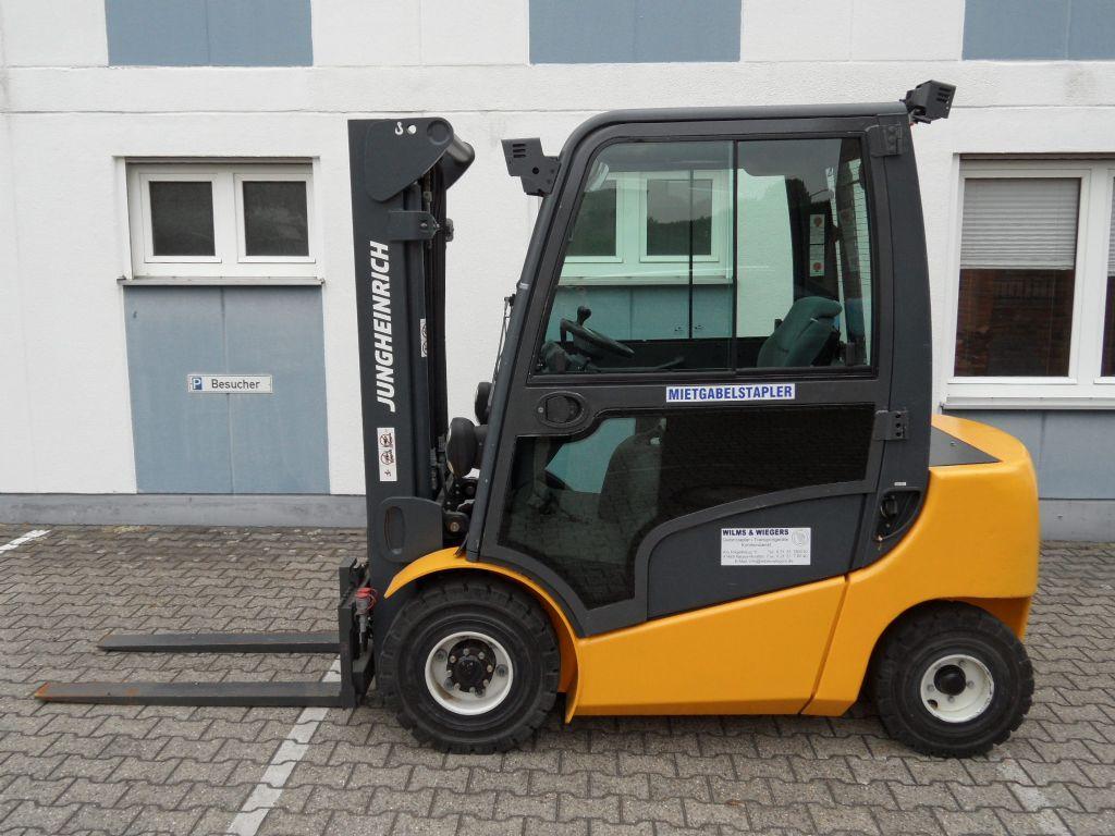 Jungheinrich-DFG 425 - wenig Stunden -Triplex-Kabine-Dieselstapler-www.wilms-wiegers.de