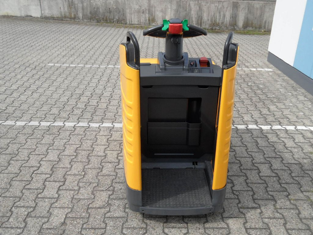 Jungheinrich-ERE 225 f.P. - elektrische Lenkung-Niederhubwagen-www.wilms-wiegers.de