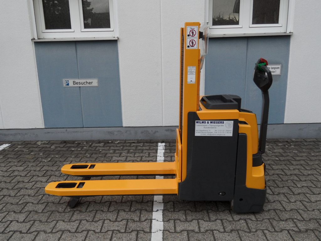 Jungheinrich-EJD 220 - 201 ZT-Deichselstapler-www.wilms-wiegers.de