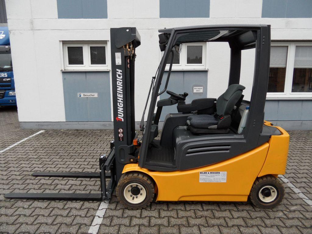 Jungheinrich-EFG 320 - 2013 - Triplex-Elektro 4 Rad-Stapler-www.wilms-wiegers.de