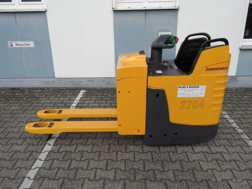 Jungheinrich-ERE 225 - feste Plattform - TOP-Batterie-Niederhubwagen-www.wilms-wiegers.de