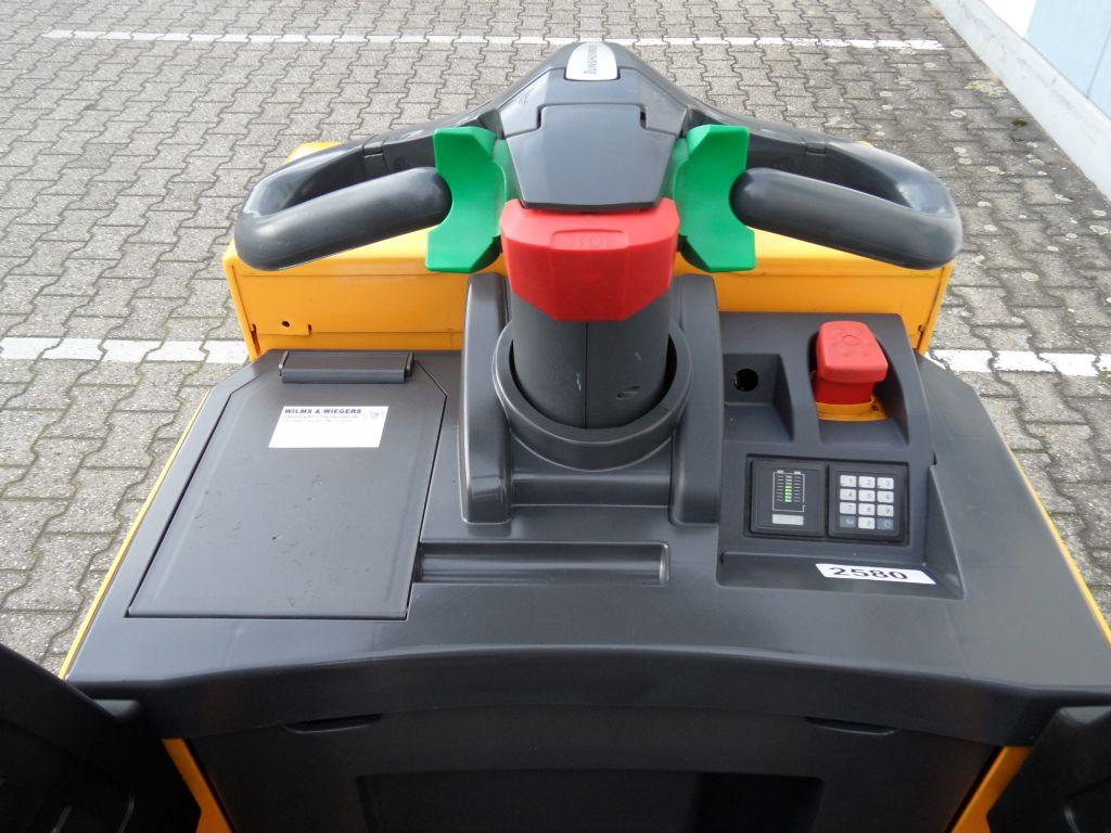 Jungheinrich-ERE 225 - feste Plattform - gute Batterie-Niederhubwagen-www.wilms-wiegers.de