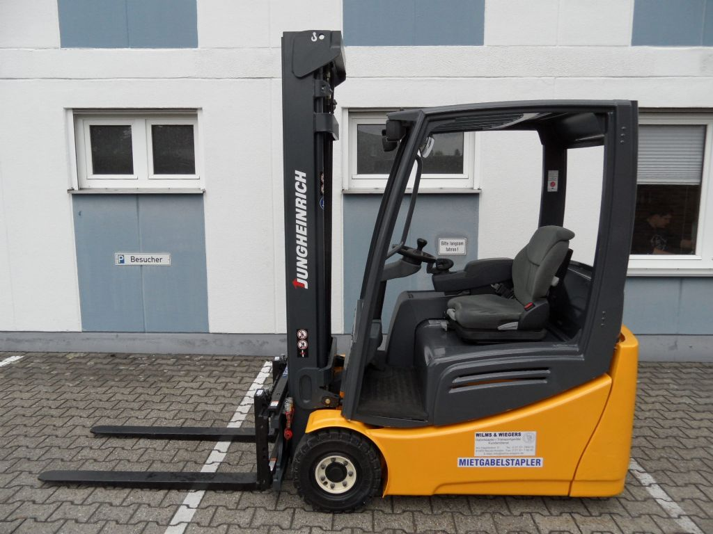 Jungheinrich-EFG 216k - Triplex 5,50 mtr.-Elektro 3 Rad-Stapler-www.wilms-wiegers.de