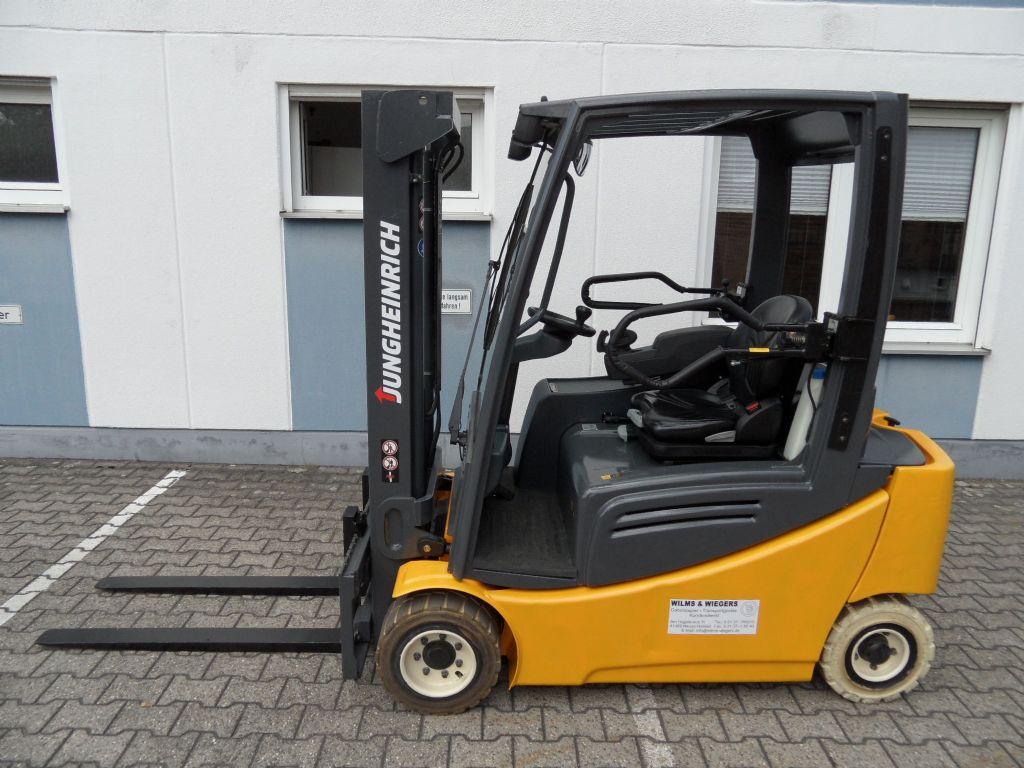 Jungheinrich-EFG 320 - Duplex - weisse Reifen-Elektro 4 Rad-Stapler-www.wilms-wiegers.de