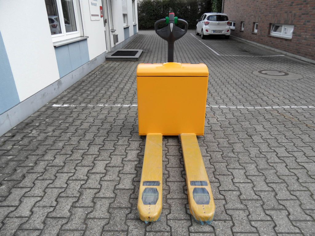 Jungheinrich-EJE 116 - neue Batterie - TOP-Niederhubwagen-www.wilms-wiegers.de