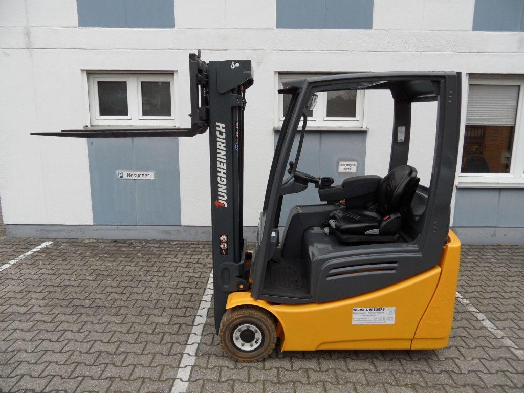 Jungheinrich-EFG 216k - Triplex - TOP-Batterie-Elektro 3 Rad-Stapler-www.wilms-wiegers.de