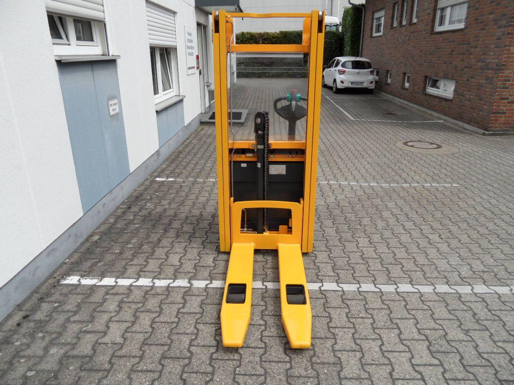 Jungheinrich-EJC 212 - neue Batterie - Freihub - unter 2 Meter-Deichselstapler-www.wilms-wiegers.de