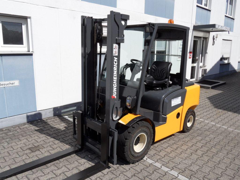 Jungheinrich-DFG 430 - 2015 - wenig Stunden-Dieselstapler-www.wilms-wiegers.de