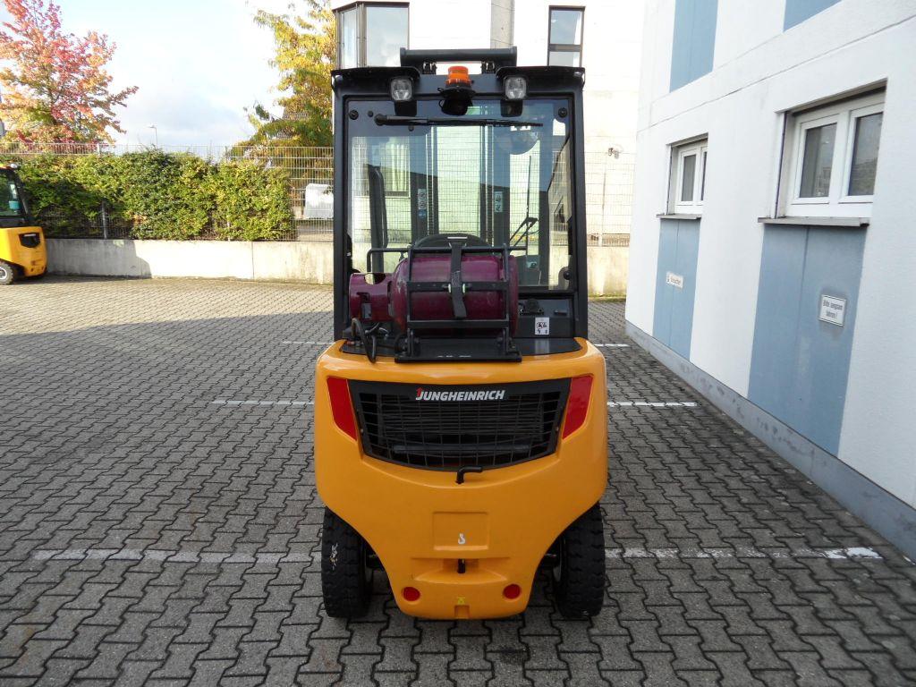 Jungheinrich-TFG 430s - ZH3 - Seitenschieber-Treibgasstapler-www.wilms-wiegers.de