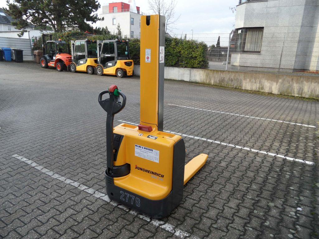 Jungheinrich-EMC 110 - neue Batterien-Deichselstapler-www.wilms-wiegers.de