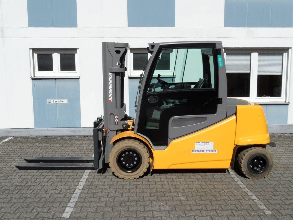 Jungheinrich-EFG S50 - Triplex - Kabine-Elektro 4 Rad-Stapler-www.wilms-wiegers.de
