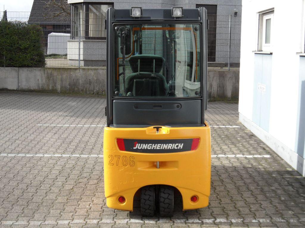 Jungheinrich-EFG 218 - TOP Batterie - Triplex - Kabine-Elektro 3 Rad-Stapler-www.wilms-wiegers.de
