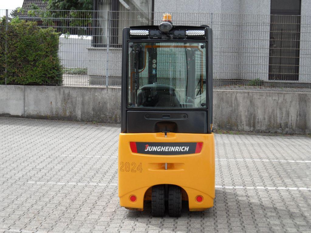 Jungheinrich-EFG 215 - ZV-Gerät - Freihub-Elektro 3 Rad-Stapler-www.wilms-wiegers.de