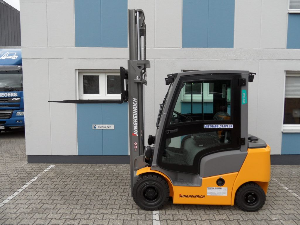 Jungheinrich-DFG 320 - NEU - Triplex - sofort lieferbar!-Dieselstapler-www.wilms-wiegers.de