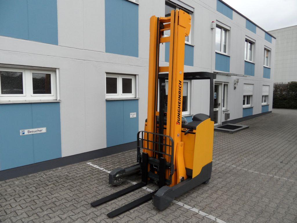 Jungheinrich-ETV 214 - 8 Meter Triplex - Drive+Lift Plus-Schubmaststapler-www.wilms-wiegers.de