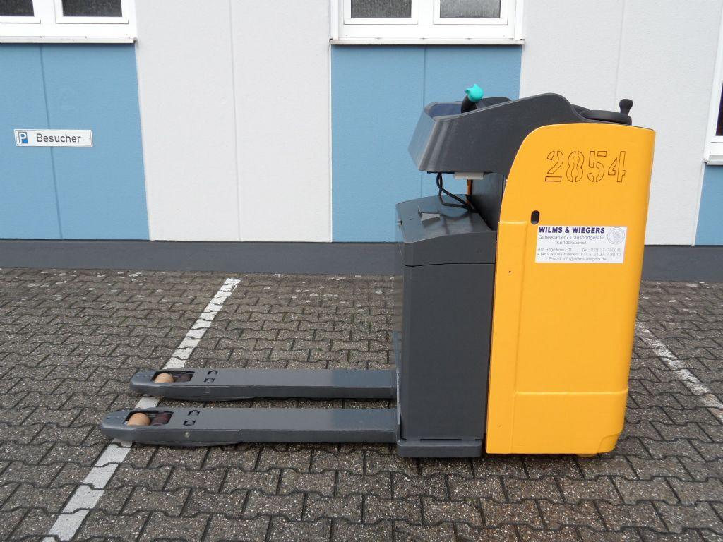 Jungheinrich-ESE 120 - E-Lenkung - Sitz klappbar-Niederhubwagen-www.wilms-wiegers.de