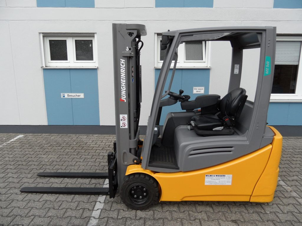 Jungheinrich-EFG 220 - 2016 - Freihub-Elektro 3 Rad-Stapler-www.wilms-wiegers.de